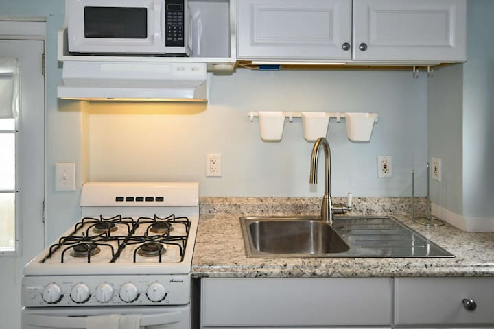 Kitchen has everything you need to make that special someone breakfast in bed ... ahh vacation!