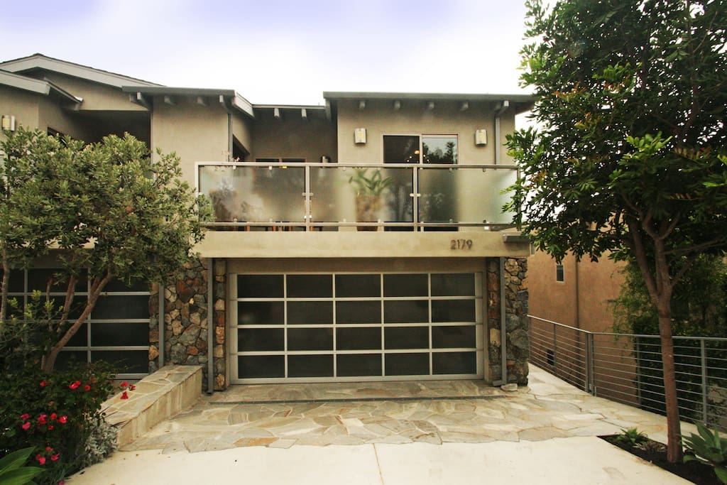 Front with garage and driveway parking