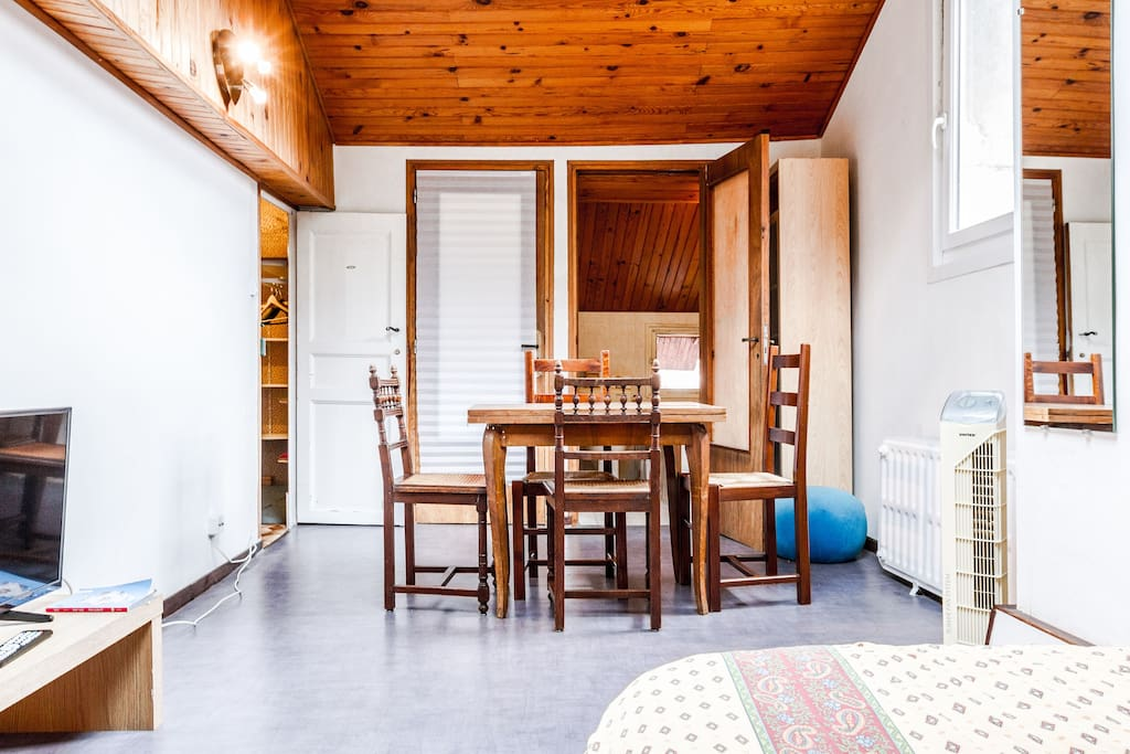 studio centre ville maisons louer toulouse haute garonne france. Black Bedroom Furniture Sets. Home Design Ideas