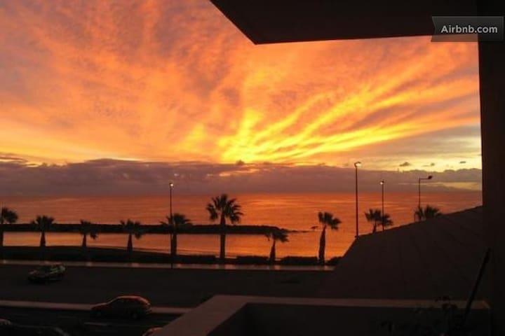 Tenerife Duplex - Beach Front - Sea View - Pool