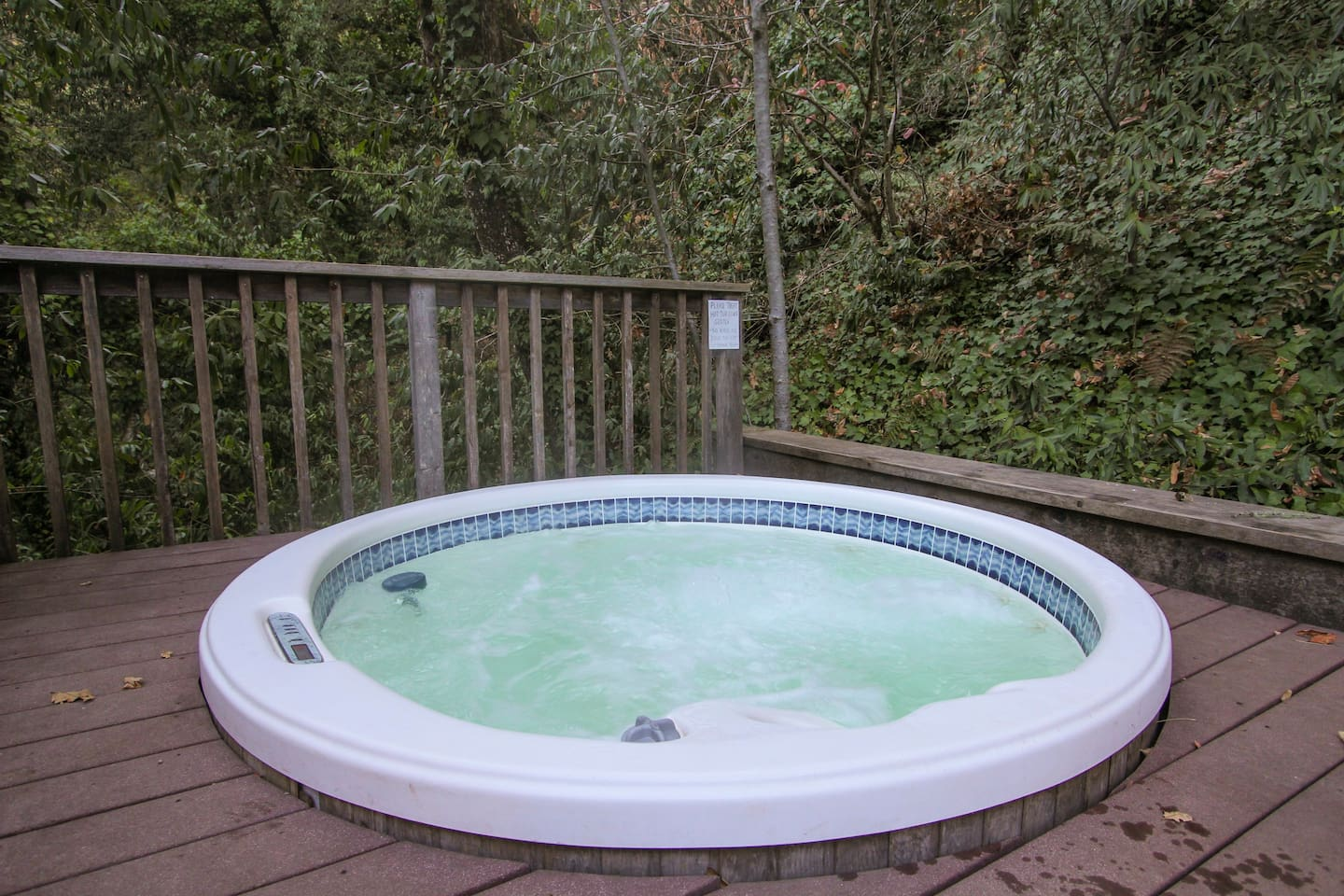 hidden haven total privacy tub houses for rent in