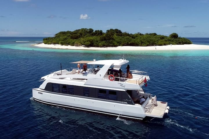 Private Yacht Charter on Full Board