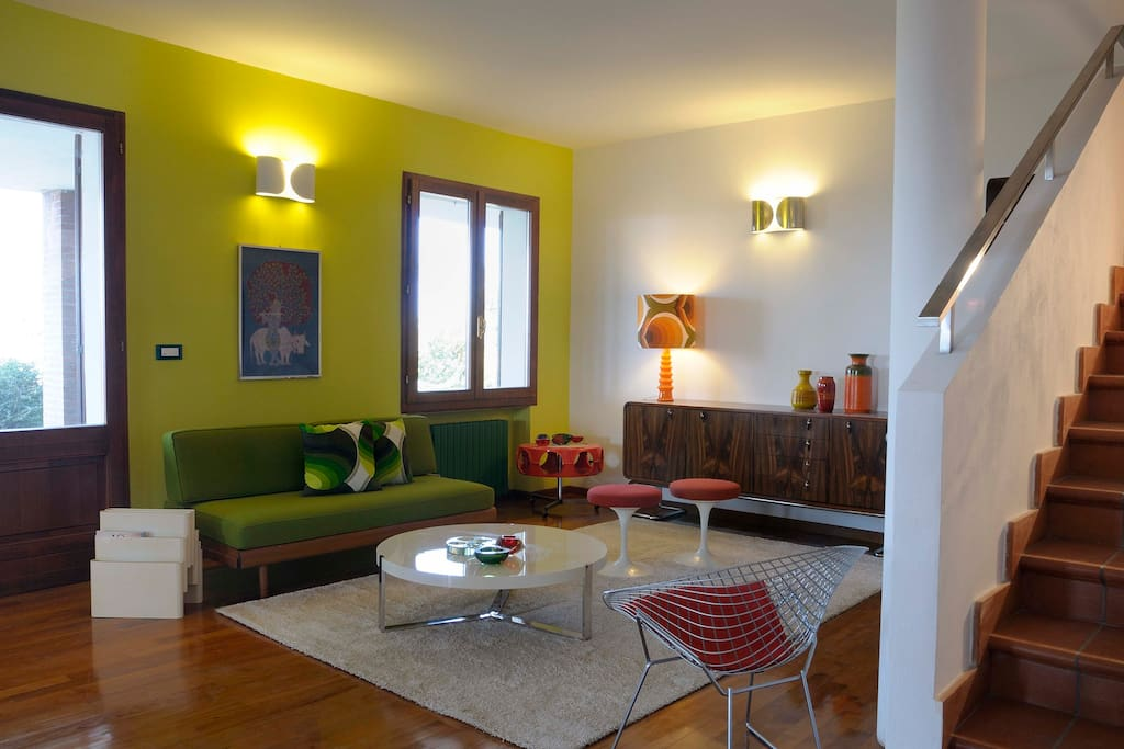 Friendly 60s Interior Design Hilltop B B Bed And Breakfasts For Rent In Monte San Pietro