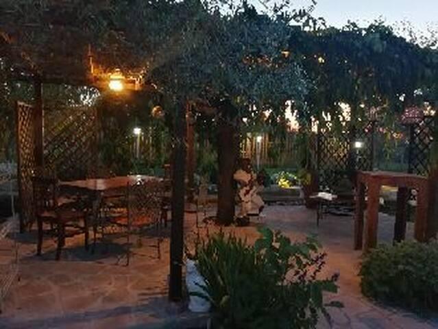 """Villa EB, Camera privata """"Archetto"""" con bagno."""