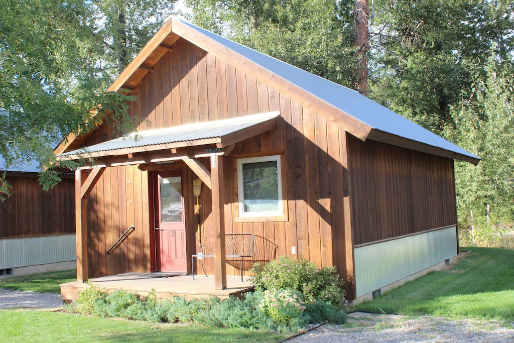 Methow river lodge cabin 4 1 bedroom nature lodges for Winthrop cabin rentals