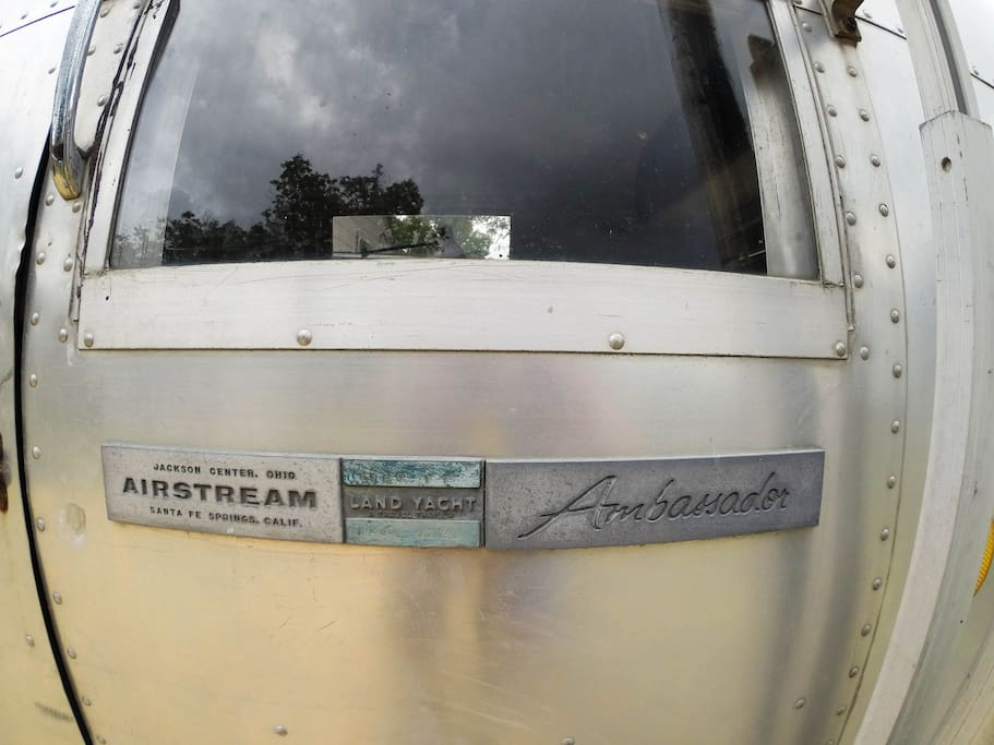 31ft 1968 Airstream Ambassador