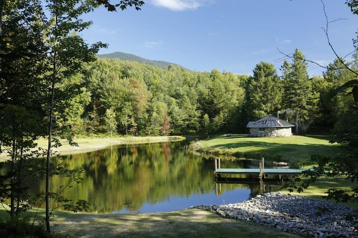 Private stone cabin & pond - Starksboro