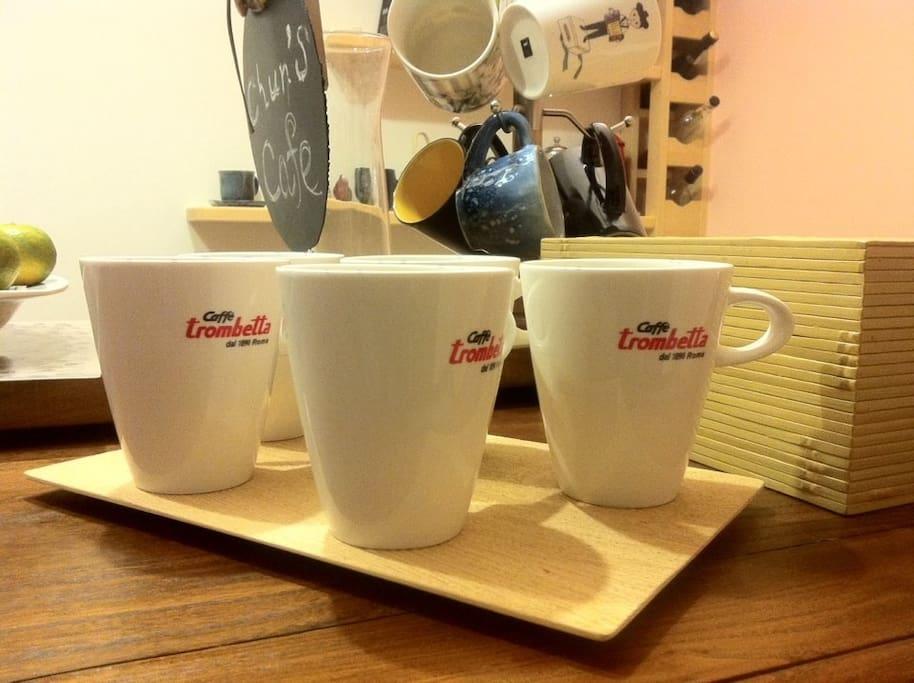 喝杯咖啡吧~