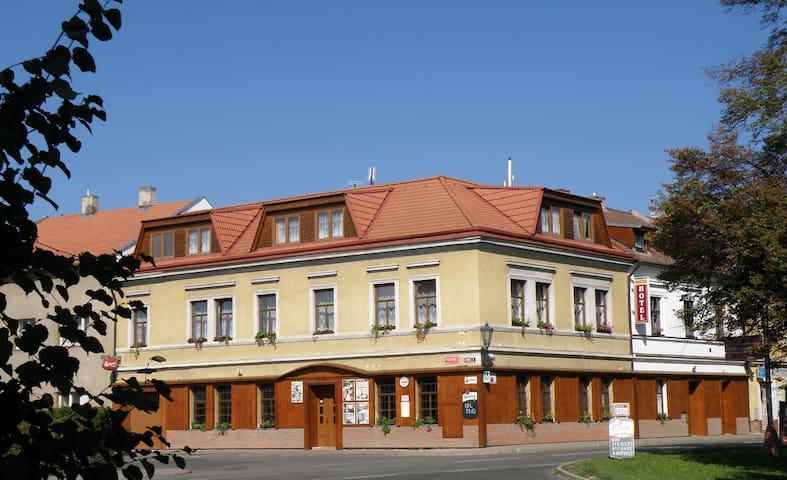 Accommodation in family run Hotel  - Kutná Hora - Szoba reggelivel