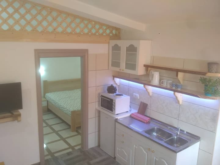 Private apartment 10 minutes away from beach