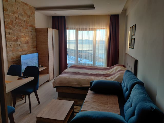 Bagira Luxury Apartment in Milmari Resort