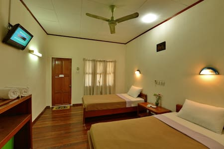 Cozy Room with Seperate Verandah - Old Bagan - 住宿加早餐