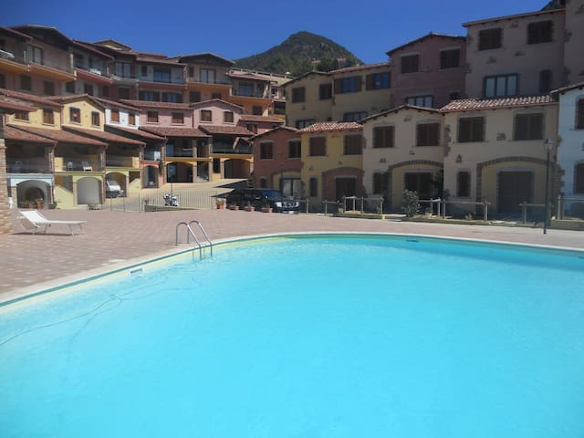 Casa/Rosa sea view/pool/Sardinia. - Nebida - Casa