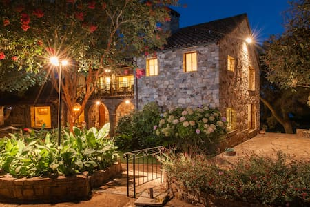 Casa Sebastiani - Book Now & Save! - Sonoma - Villa