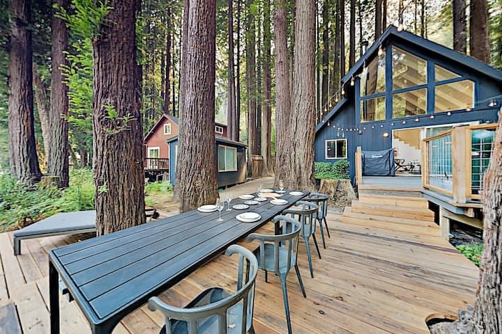 New Listing! Chic Upgraded Retreat on Austin Creek