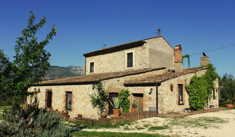 Country house with pool between Rom & Nap - Spigno Saturnia  - Villa
