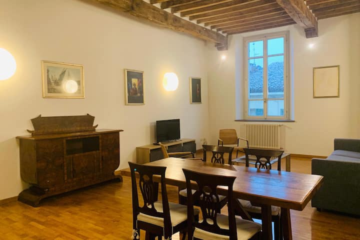 Astonishing LOFT - 2BRs - 5min walk from Duomo