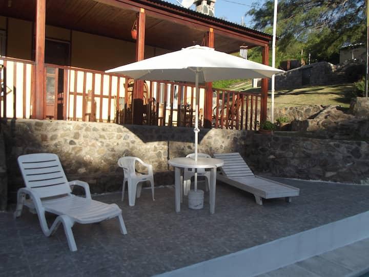 Cabaña La Iguana - La Serranita Córdoba