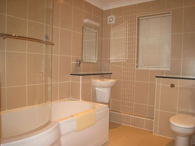 Butterburr Lodge 1 PC - Huntworth, Bridgwater - Hus