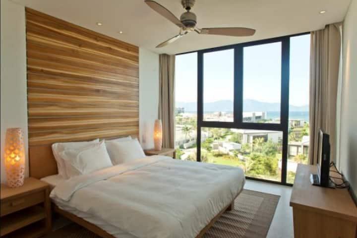 3Bedrooms PenHouse Seaview Hyatt Regency