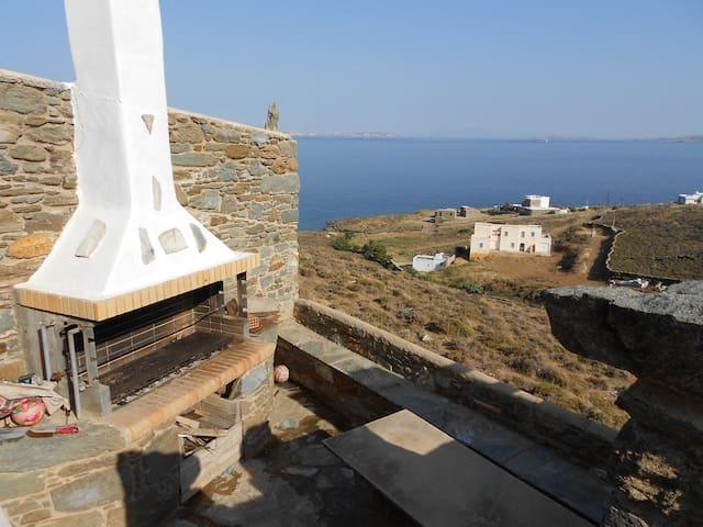 ΜΑΓΕΥΤΙΚΗ ΘΕΑ ΣΤΗΝ ΤΗΝΟ - Tinos