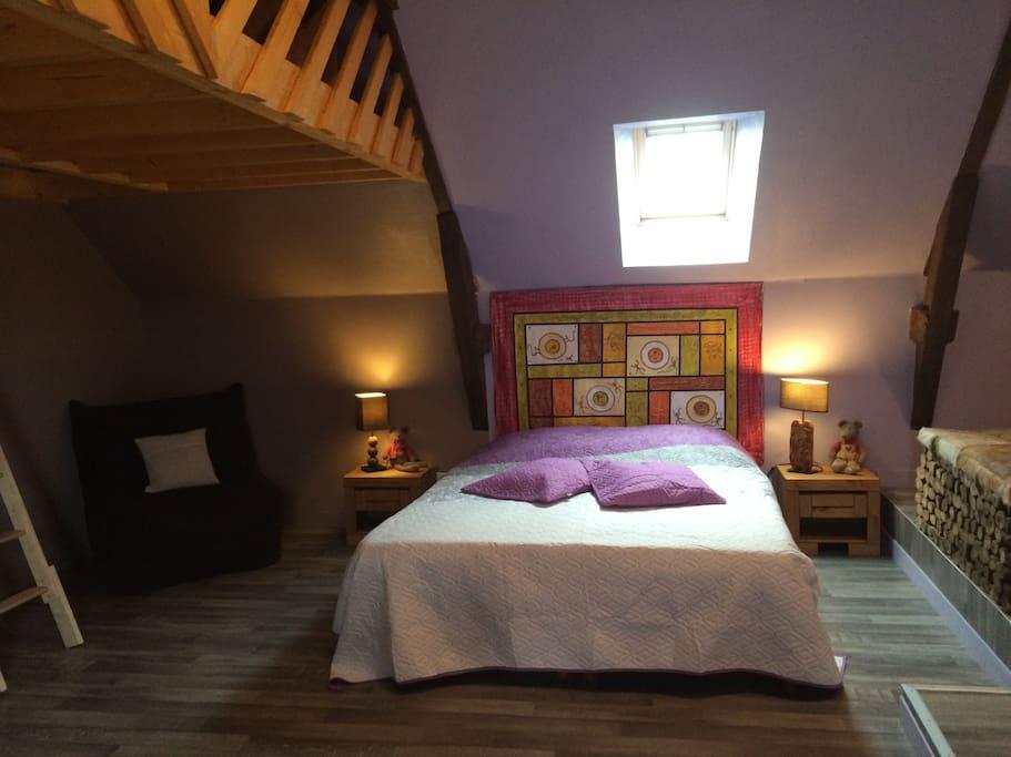 chambres d h tes suite br hat chambres d 39 h tes louer roz landrieux bretagne france. Black Bedroom Furniture Sets. Home Design Ideas