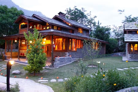 Awesome Villa on Bank of River Beas - Villa