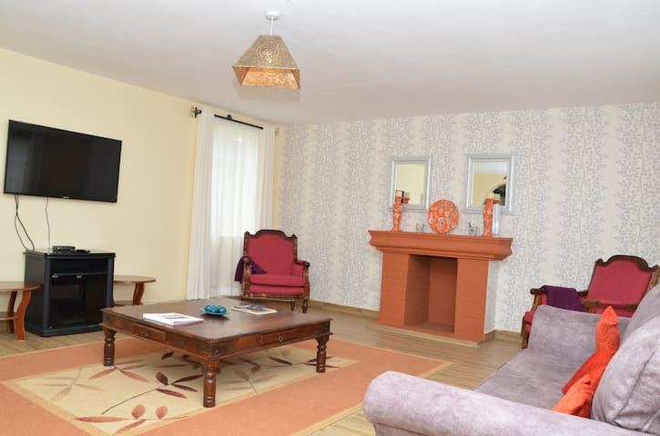 Charming guest house in Karen (3 bedrooms)