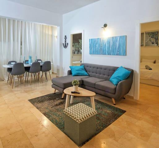 Amazing Luxury Apt!!2BR, Top Location near Beach