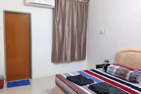 Triang Bera HomeStay  - Teriang