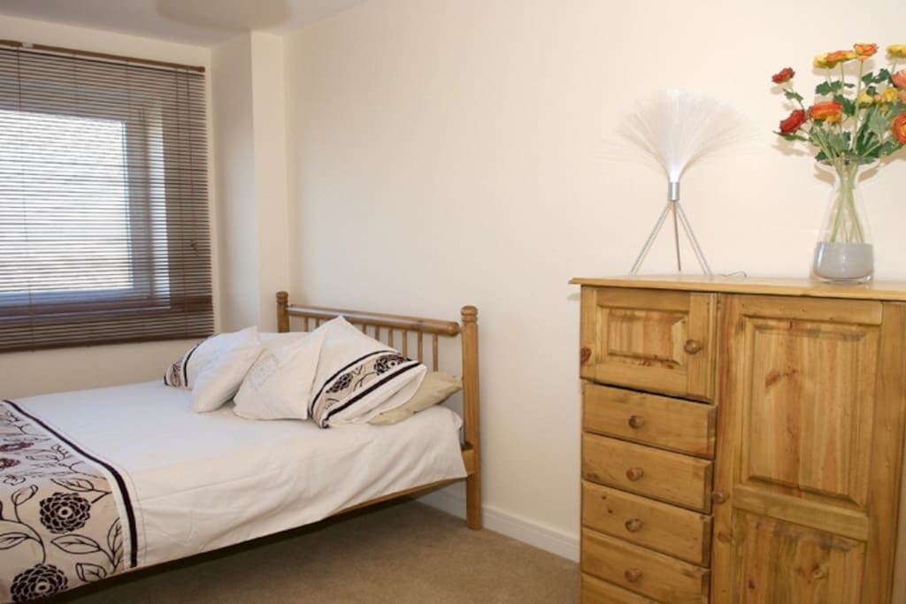 This is the second double bedroom (the double bed has been upgraded to one similar to main bedroom since this picture).