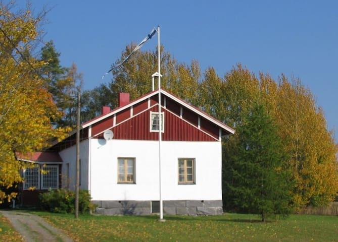 COUNTRY-HOME called WÄENPIRTTI (WP) - Sastamala - Casa