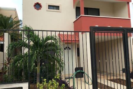 Casa Completa en Merida 20min Puerto Progreso - Merida - House