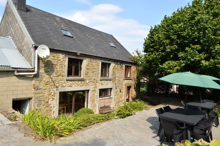 Stunning Holiday Home with Private Garden in Durbuy