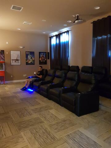 Club house Cinema