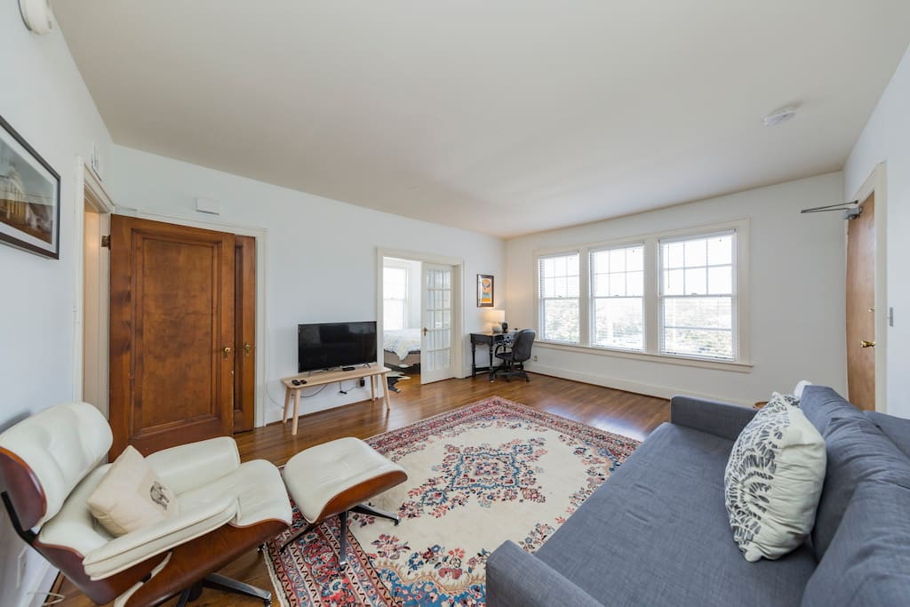 There are 2 bedrooms and 1 bathroom - queen size beds in each. The couch in the living room is a queen sofa bed. Space can hold up to 6 people.   Permit #201514288