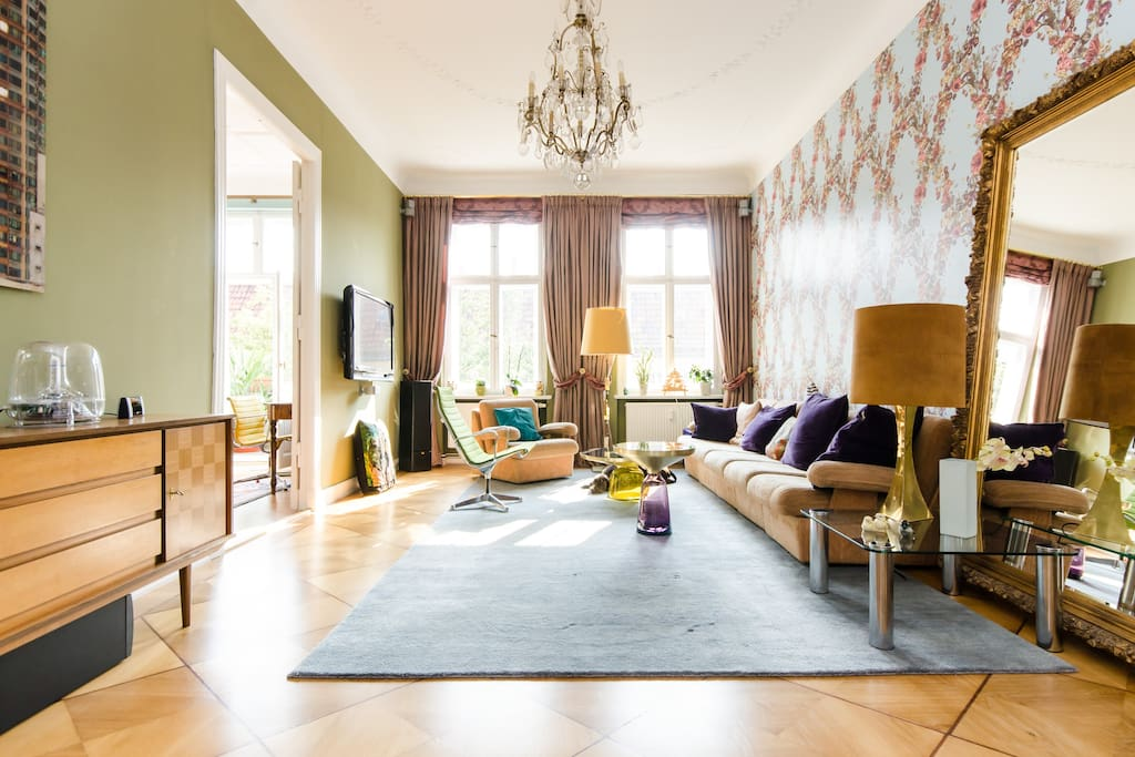 WELCOME TO 'UNICORNS IN PARADISE' - BOUTIQUE APARTMENT WITH 'UNICORN' GUESTROOM