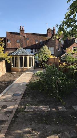 Oak Cottage Westgate Chichester.