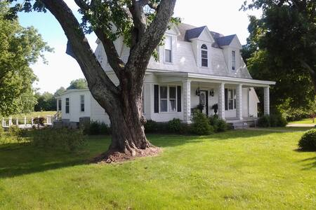 1901 Lake House