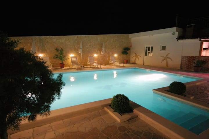 Welcome to Villa Paula  - Trogir - Bed & Breakfast