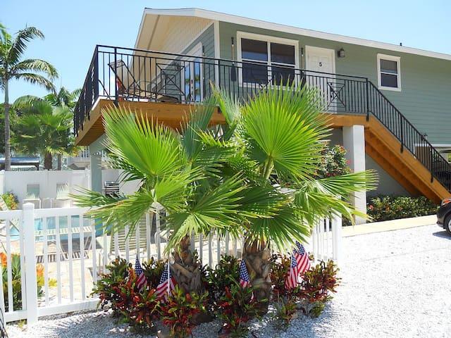 Anna Maria Island Beach Paradise 5