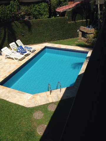 Casa condominio praia de pernambuco Guaruja