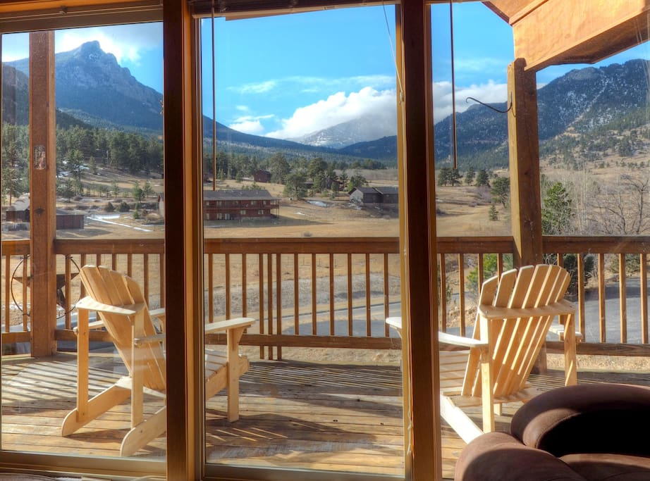 Casa del Cielo - Imagine yourself relaxing and taking in the exquisite meadow and mountain views at Casa del Cielo.