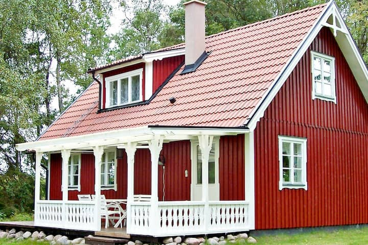 7 person holiday home in LAHOLM