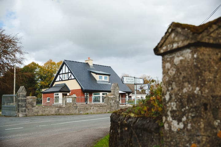 The Old Post Office, Glencairn, Lismore, Waterford