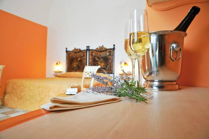 VILLA DONNA ISABELLA - Suite Arancio - Sannicola - Boutique-hotell