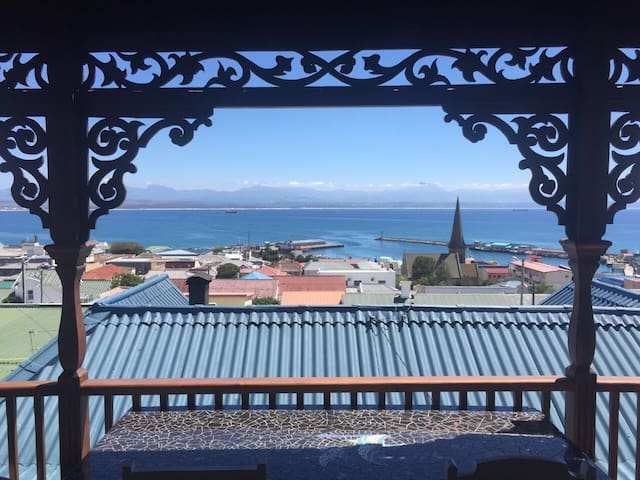 SEA VIEW CHARMING HOUSE - Mossel Bay - House