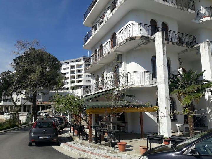 Rukaj apartments  with great Lake View