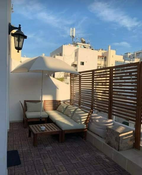 Cosy Sunny terrace 2 bedrooms Gauthier 4th floor