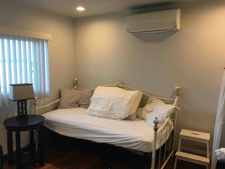 205 White room